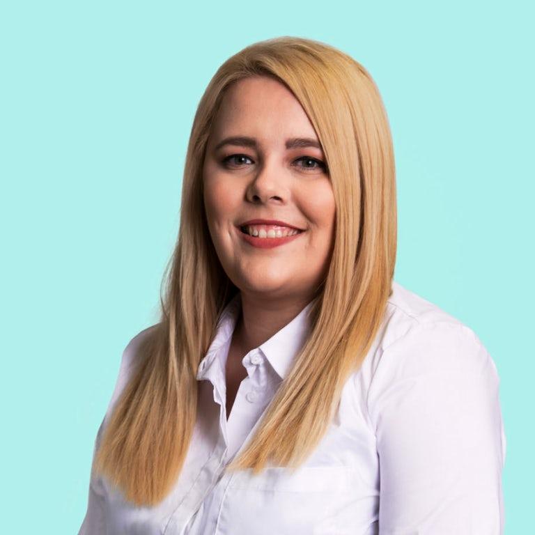 Lesleigh Ross Senior Consultant | CLIA Master