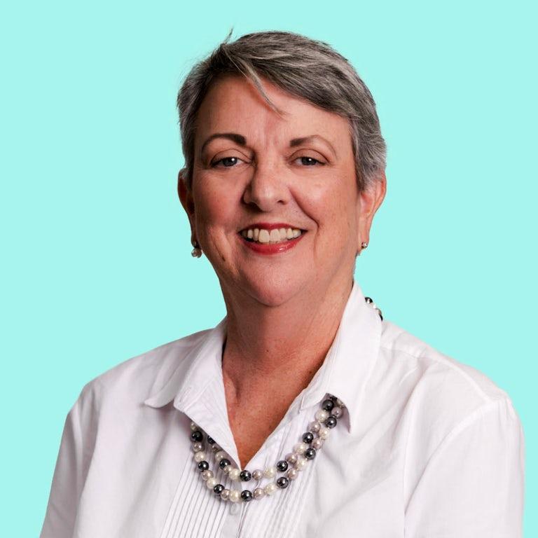 Martine Hero Senior Consultant   CLIA Master